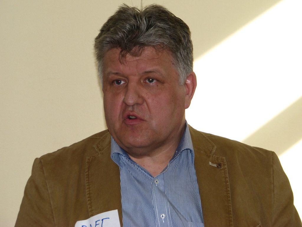 Олег Новиков рассказывал о своем специфическом отраслевом опыте работы с иностранцами