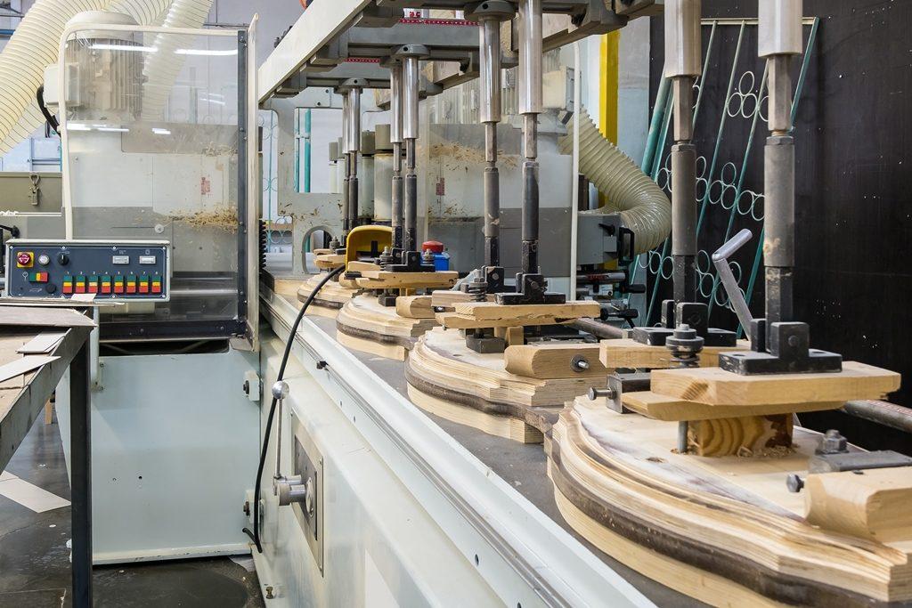 Как организовать конвейер на производстве установка сигнализации на фольксваген транспортер т4